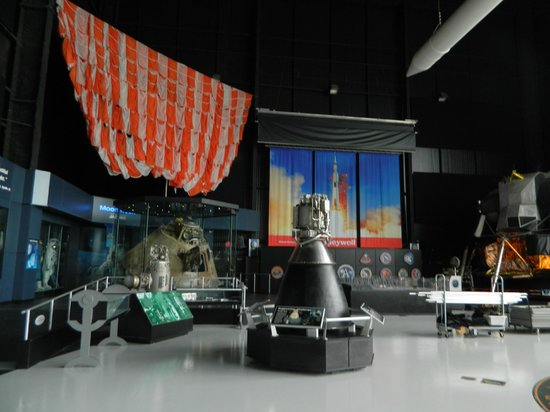 U.S. Space and Rocket Center: Inside the museum