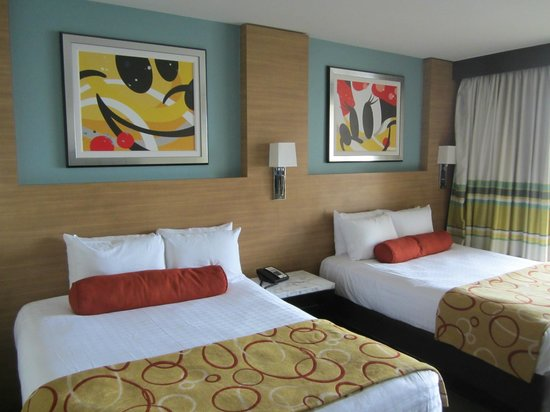 Bay Lake Tower at Disney's Contemporary Resort : Second bedroom