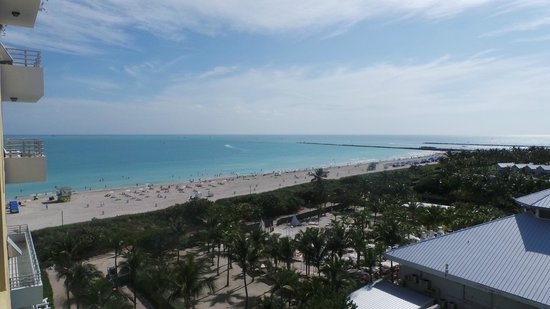 Hilton Bentley Miami/South Beach: Spectacular view of the ocean, beach and Governors Cut