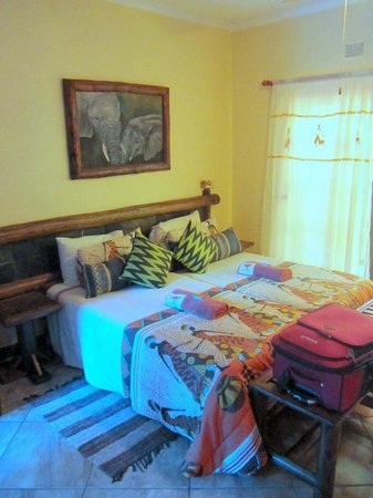Zulani Guest House: A room!