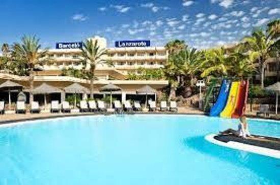 H10 Suites Lanzarote Gardens: La piscina del HD