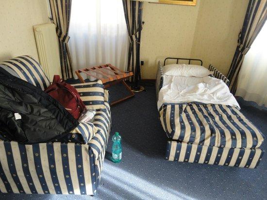 Hotel de Paris: suite (letto aggiuntivo)