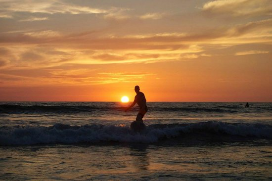 Surf Simply: Sunset Surf
