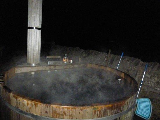 Beechenhill Farm: the hot tub..warm candlelit cave beside it