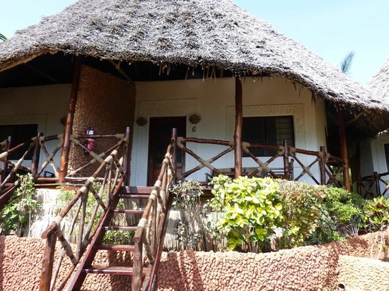 Ras Nungwi Beach Hotel : Our chalet
