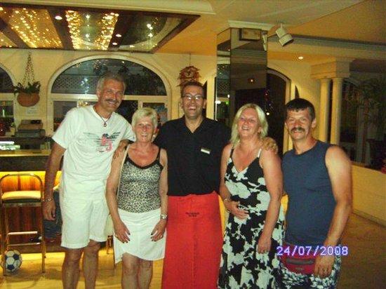 Mundial Club Hotel : met famillie en de bargast