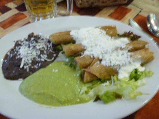 Comida en el Restaurant del Hotel Azores