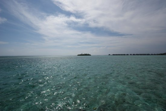 Cinnamon Dhonveli Maldives: Castaway - View from the Water Suite