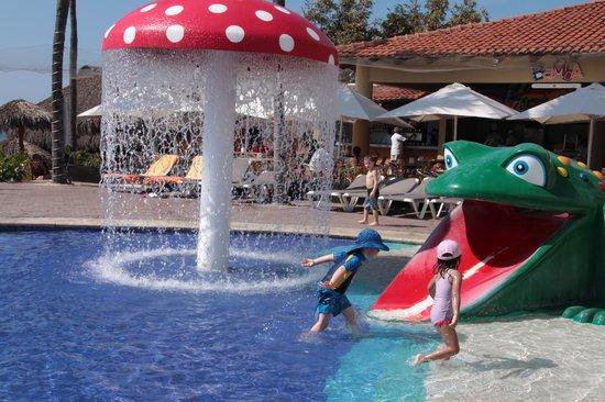 Marival Resort & Suites : Kiddie pool