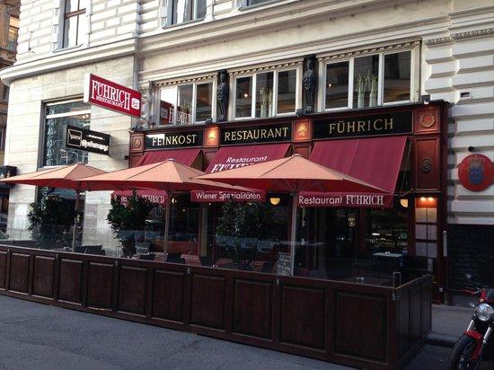 Restaurant Fuehrich: Вид с улицы