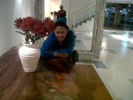 Home@36: lobby belakang