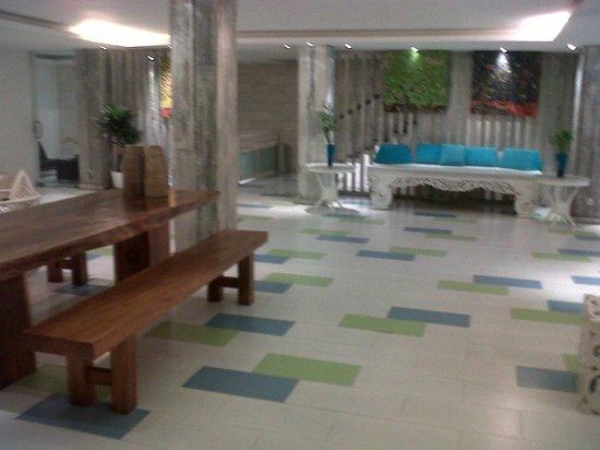 Home@36: lobby