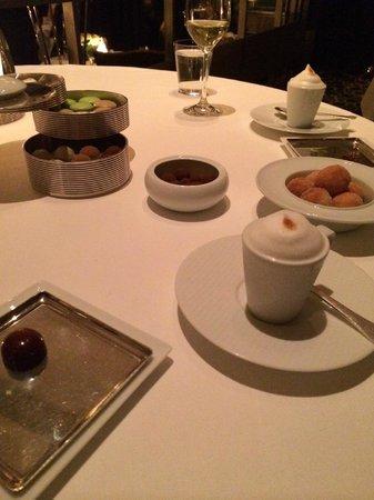 Per Se: Coffee & Doughnuts (Dessert #1 of 3)