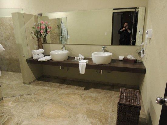 Hacienda San Cristóbal: Baño Doble