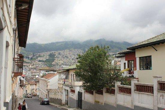 Jumbo Lodging: The view from the hostel door