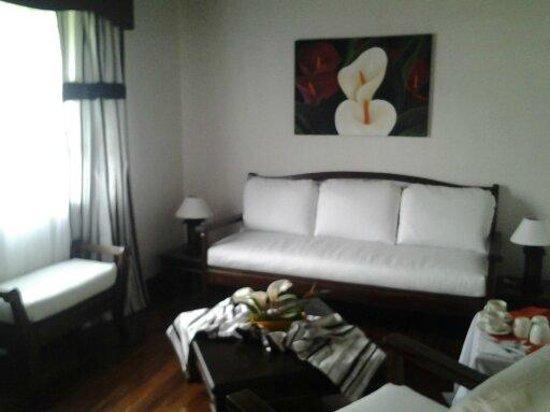 Chuquiragua Lodge: Elegant living areas