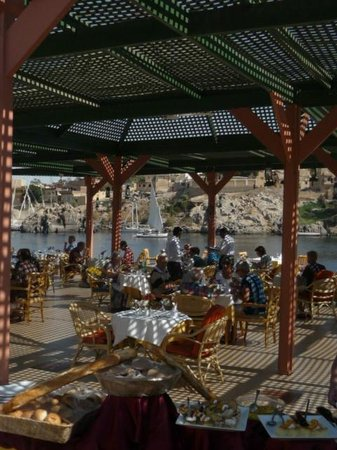 LTI - Pyramisa Isis Island Resort & Spa : The sunrise terrace