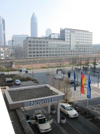 Novotel Frankfurt City: Blick aus dem Zimmer