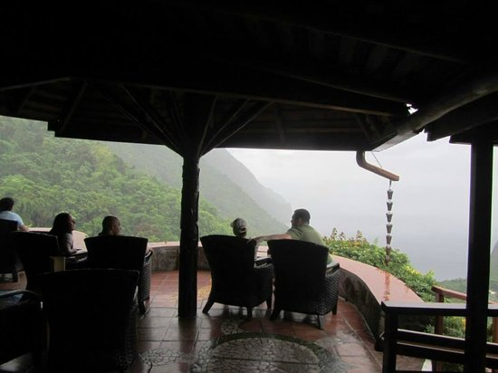 Ladera Resort: view of the lounge area by restaurant- we woulld have drinks, meet people, enjoy the view each n