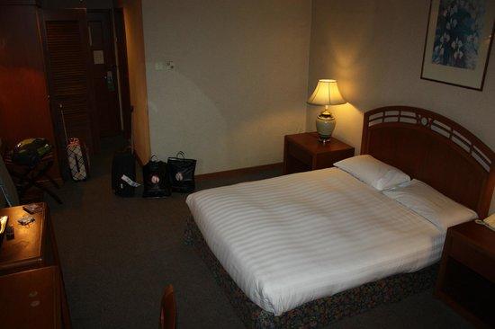Sabah Oriental Hotel: Номер