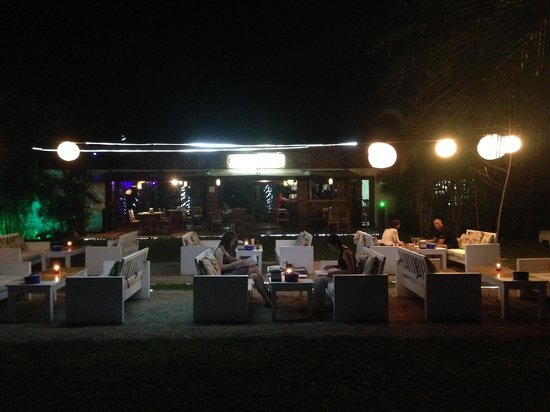 Cafe de Playa Beach Resort & Dining: View standing on the beach and looking in
