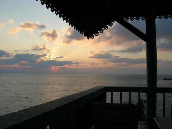 Coral Cove Resort: Sonnenaufgang