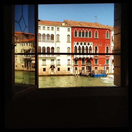 CimaRosa: View from the room to Canal Grande