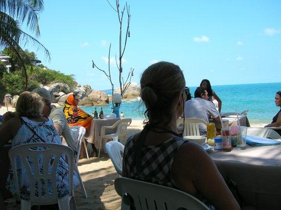 Coral Cove Resort: Restaurant