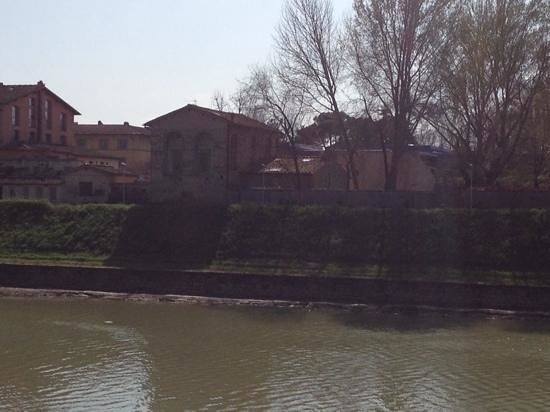 Riva Lofts Florence: from the other side of the river...