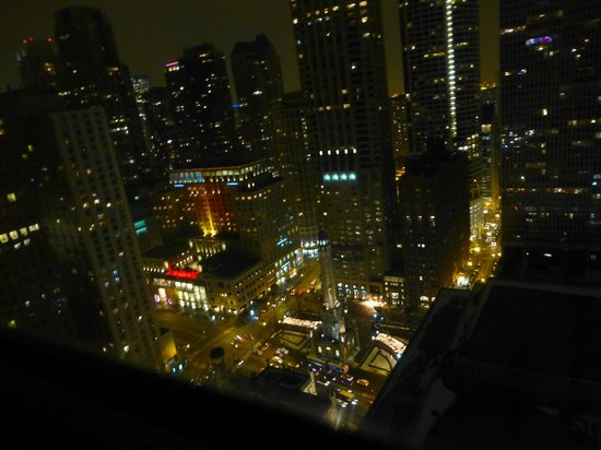 The Ritz-Carlton, Chicago : Beautiful views of the city at night
