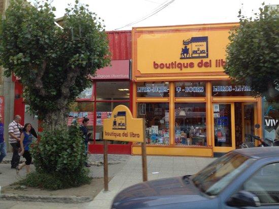 Av del Libertador: lojas