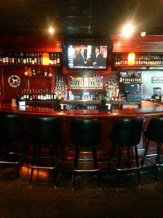 Mojo's Pub n Grill: Our Bar