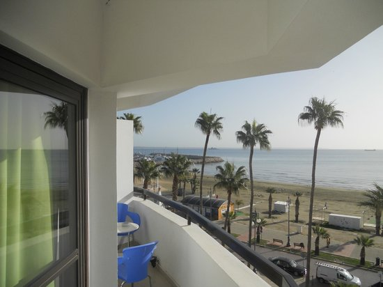 Les Palmiers Beach Hotel: Nice view from the balcony