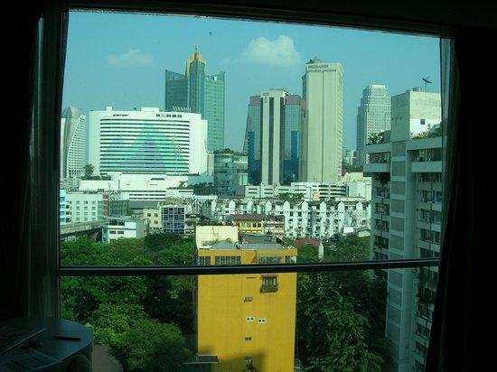 Adelphi Suites Bangkok : Aussicht aus dem 14. Stock