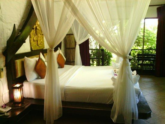 Boomerang Village Resort: bedroom in 103