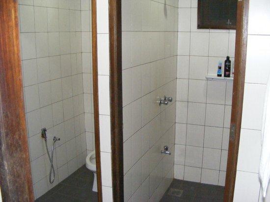 Permai Rainforest Resort : bathroom