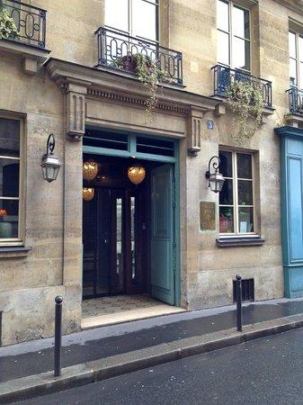 Hotel Relais Saint Sulpice : Hotel Entrance