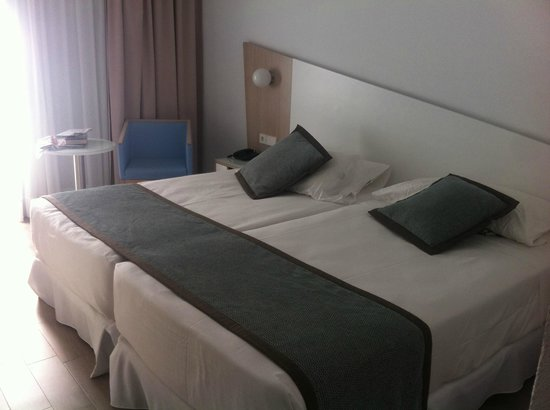 ClubHotel Riu Gran Canaria : Standard room set up