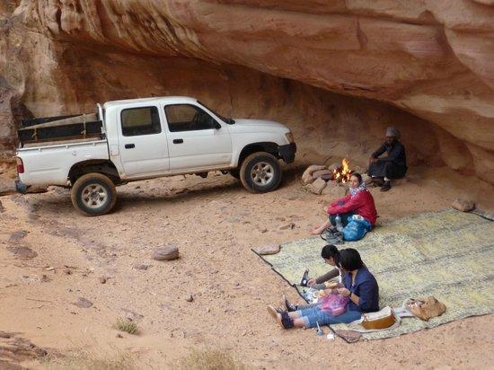 Bedouin Advisor Camp: Lunch