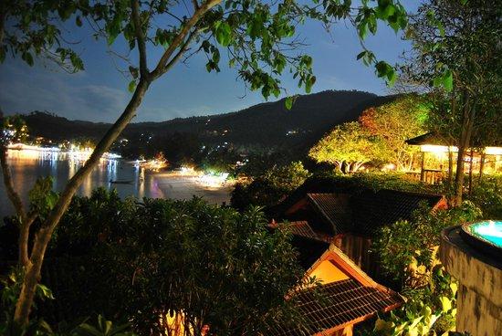 High Life Bungalow Resort: vista nocturna de haad yao