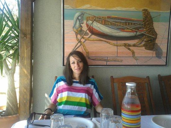 Paschalis Art House : Mary enjoying a little lunch
