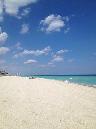 South Beach: Nice beach
