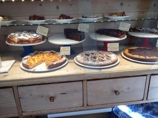 Villa Frainela: il banco dei dessert