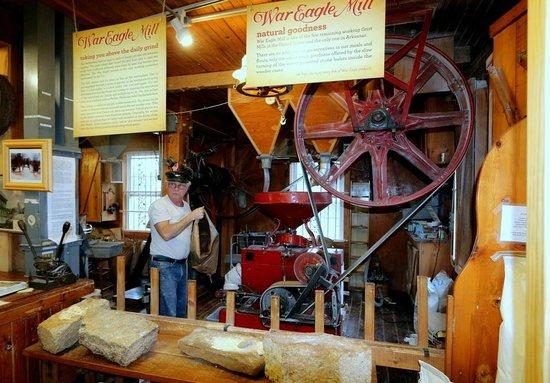War Eagle Mill : Milling Bread