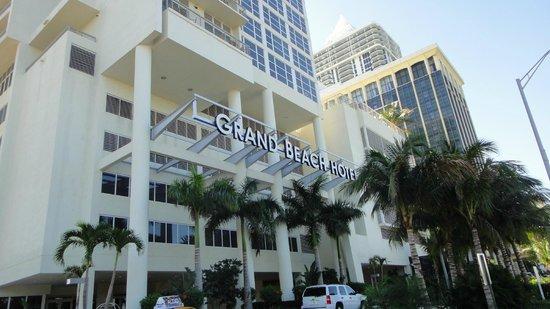 Grand Beach Hotel: Fachada