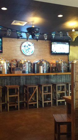 Port Aransas Brewing Company: choices...choices...