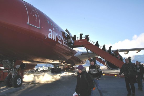 Polar Lodge: Arrival in the morning, minus 35 degrees C