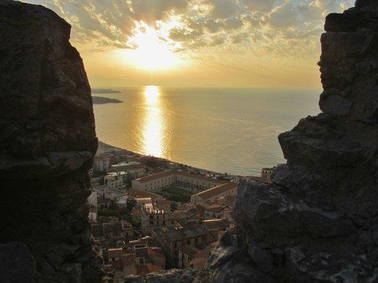 La Rocca : Top view Cefalu