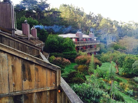 Stanford Inn by the Sea : Back Deck - Room 219