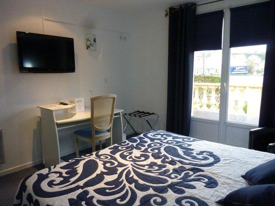Hotel Cote Jardin : interieur chambre